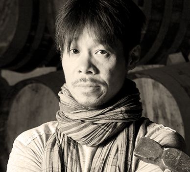 Glenfiddich-Artists in Residence-2010-Mao Yan-China_ProfileThumbnail-007.jpg