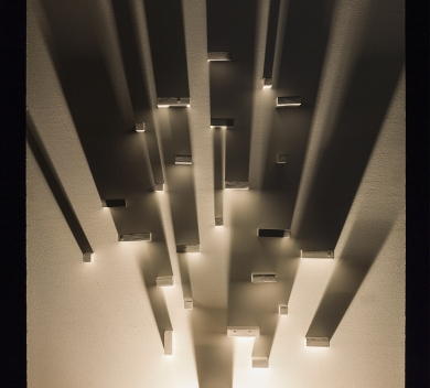 Light and Dark Instillation wood lamp 120 cm x 240 cm